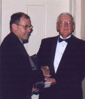 Ray Suchak accepts Gratiam Dei Award